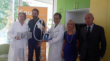 Donazione con Neri Marcore' all'Ospedale dei Bambini